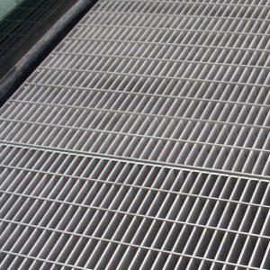 Harga Steel Grating Murah Ukuran Umum Tebal 5mm
