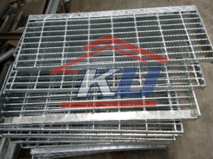 Grating Steel Mesh Murah Type Open End Ready Galvanis